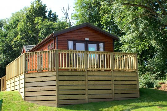 log cabins and lodges for sale